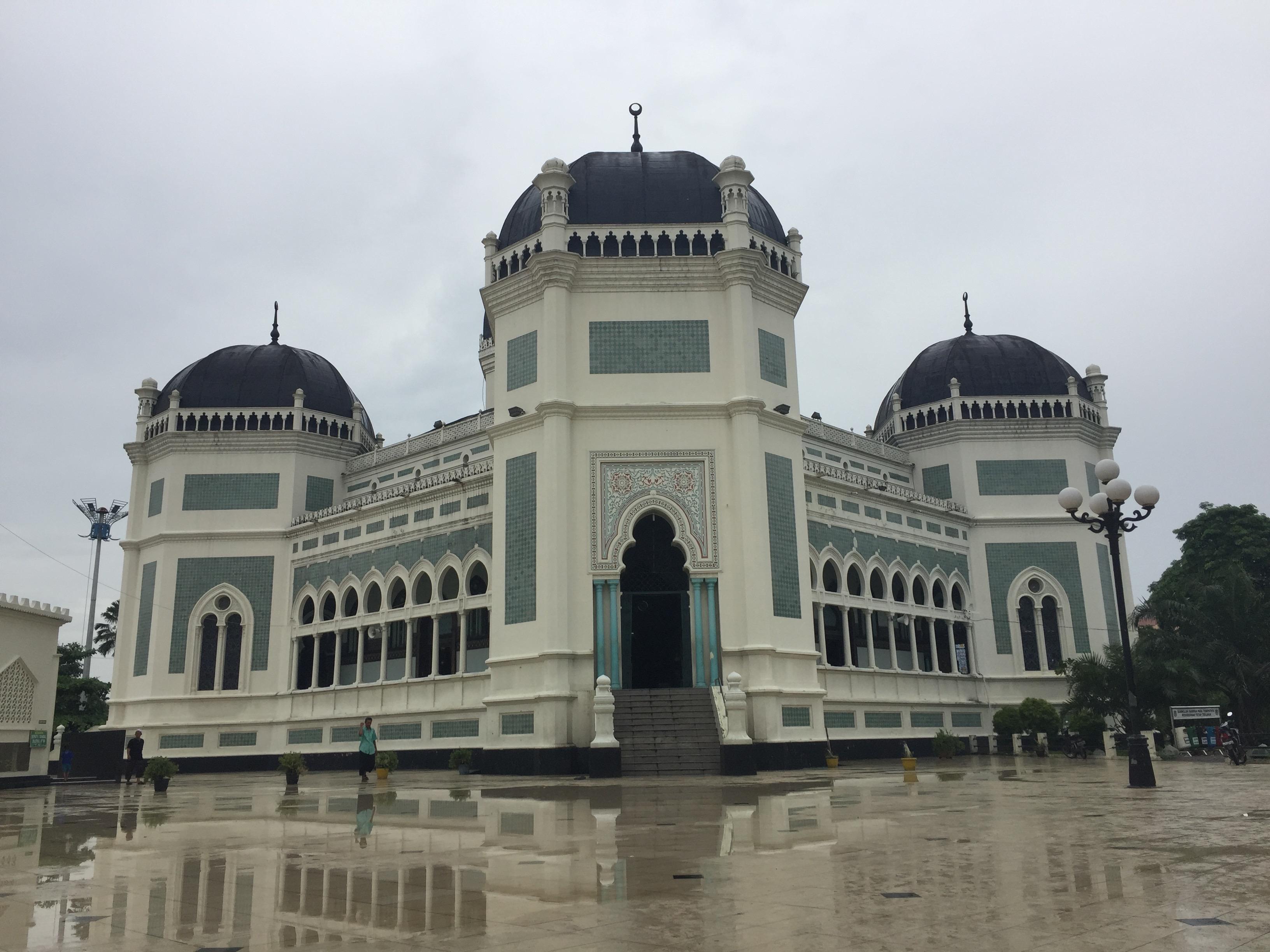 Image result for masjid raya kota medan