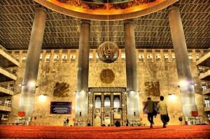 Masjid Istiqlal - Jejakpiknik.com
